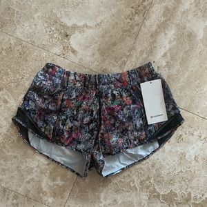 NWT lululemon Hotty hot shorts